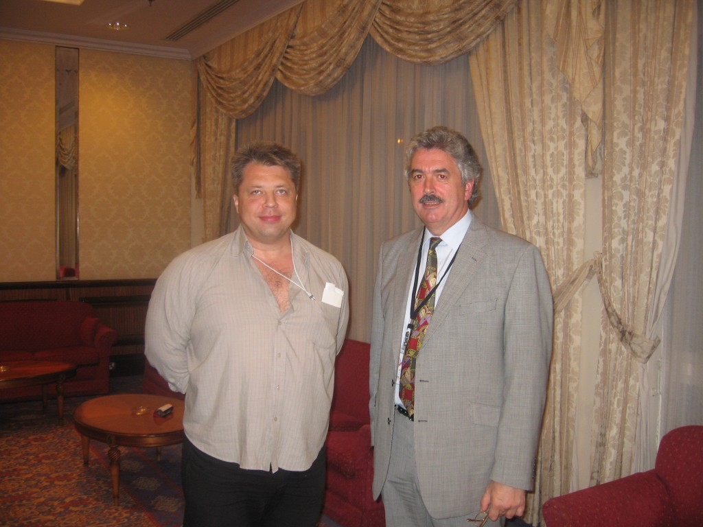 Algirdas Karalius su Dominic Obrien